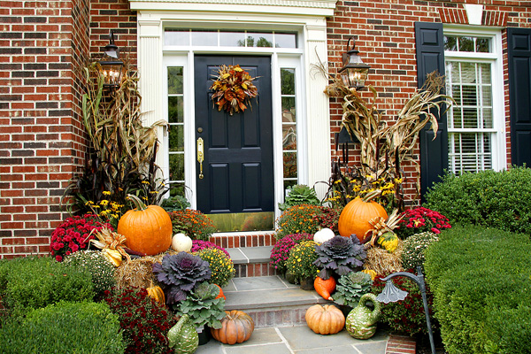 fall-porch-decoration-ideas-7